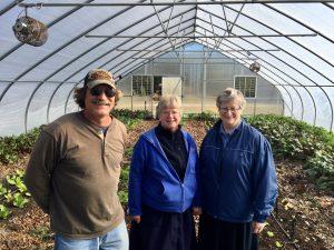 in-greenhouse-farmer-joe-schalasky-srs-maureen-houlihan-marie-seton-harvest